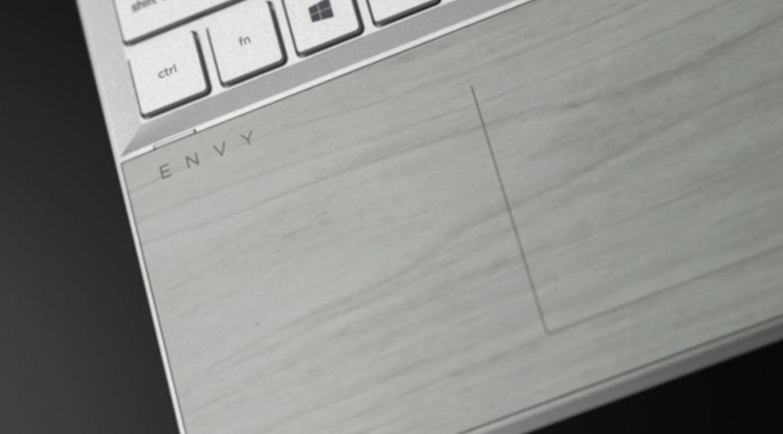 Máy tính HP ứng dụng gỗ vào sản xuất máy tính